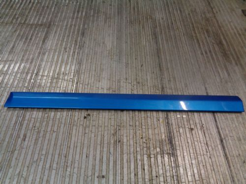 ZAFIRA A GSI N/S FRONT DOOR MOULDING TRIM IN ARDEN BLUE